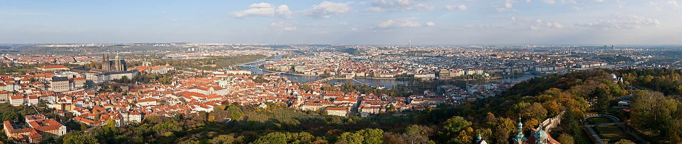 1400px Prague Panorama   Oct 2010